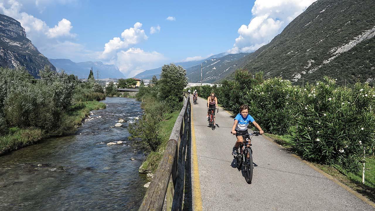 Cyklistika podél řeky