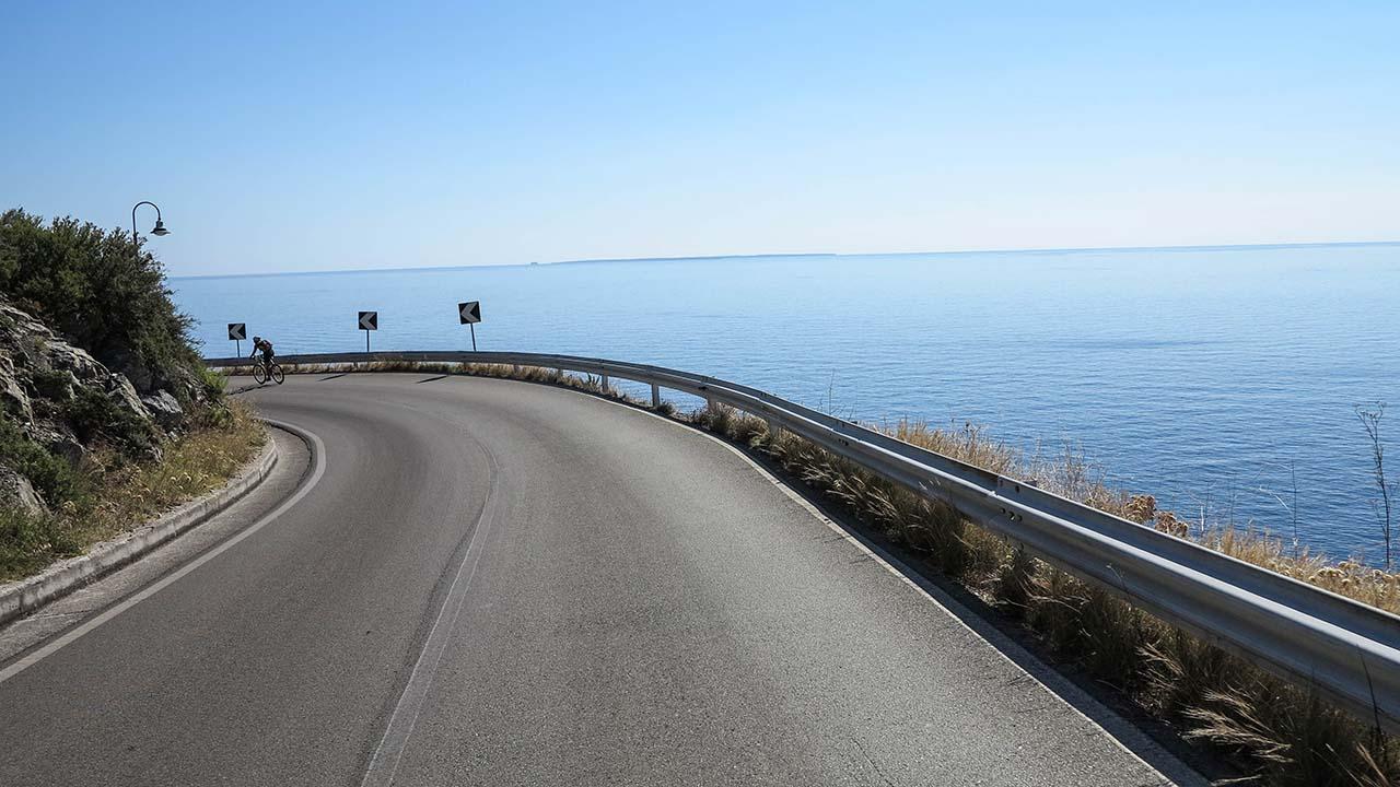 Pobřežní cesta na Elbě