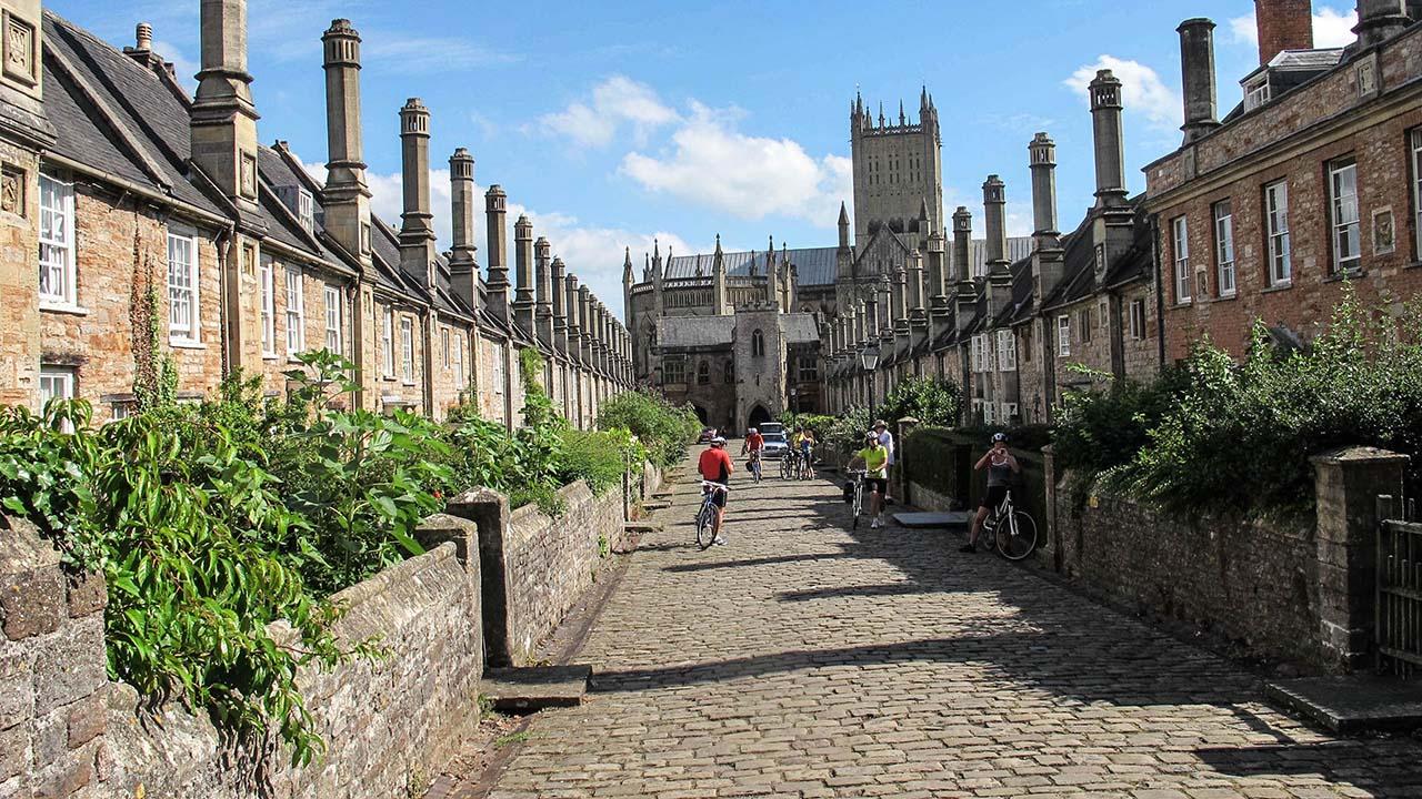 Vicar's Close - Wells