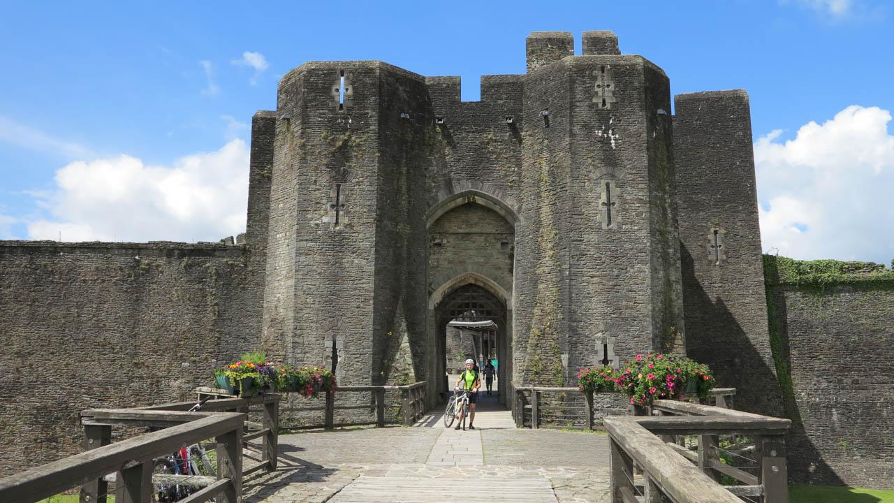 Caerphilly Castle - Brána