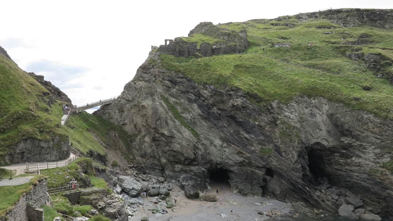 Merlinova jeskyně